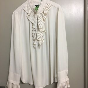 Romantic ruffle shirt